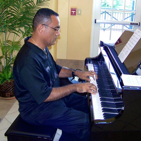 Conductor, Arranger Robert Navarro